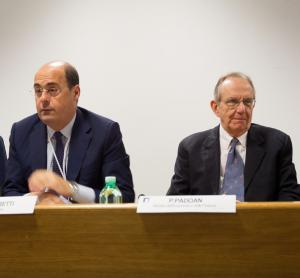 Il Presidente della Regione Lazio Nicola Zingaretti e il Ministro dell'Economia e delle Finanze Pier Carlo Padoan a ForumPA 2016