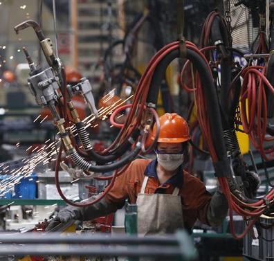 manufacturing-cina-fabbrica-140929121305
