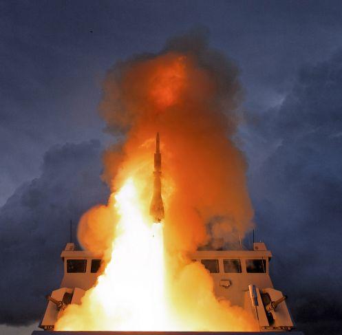 Un test del missile Aster 30 di MBDA, effettuato dalla Marina francese pochi giorni fa alla base Le Levant